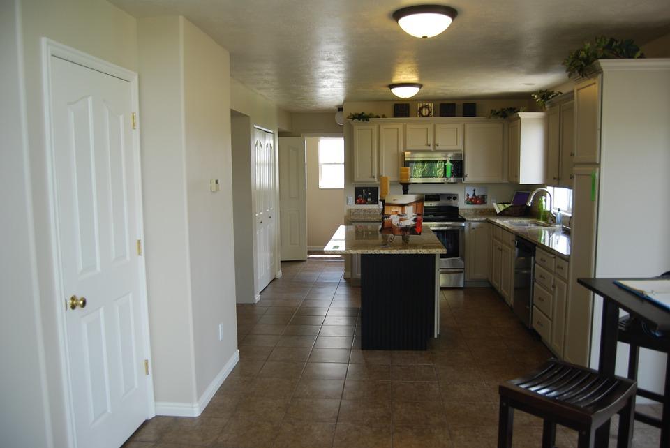 варо-гипсова мазилка в кухнята